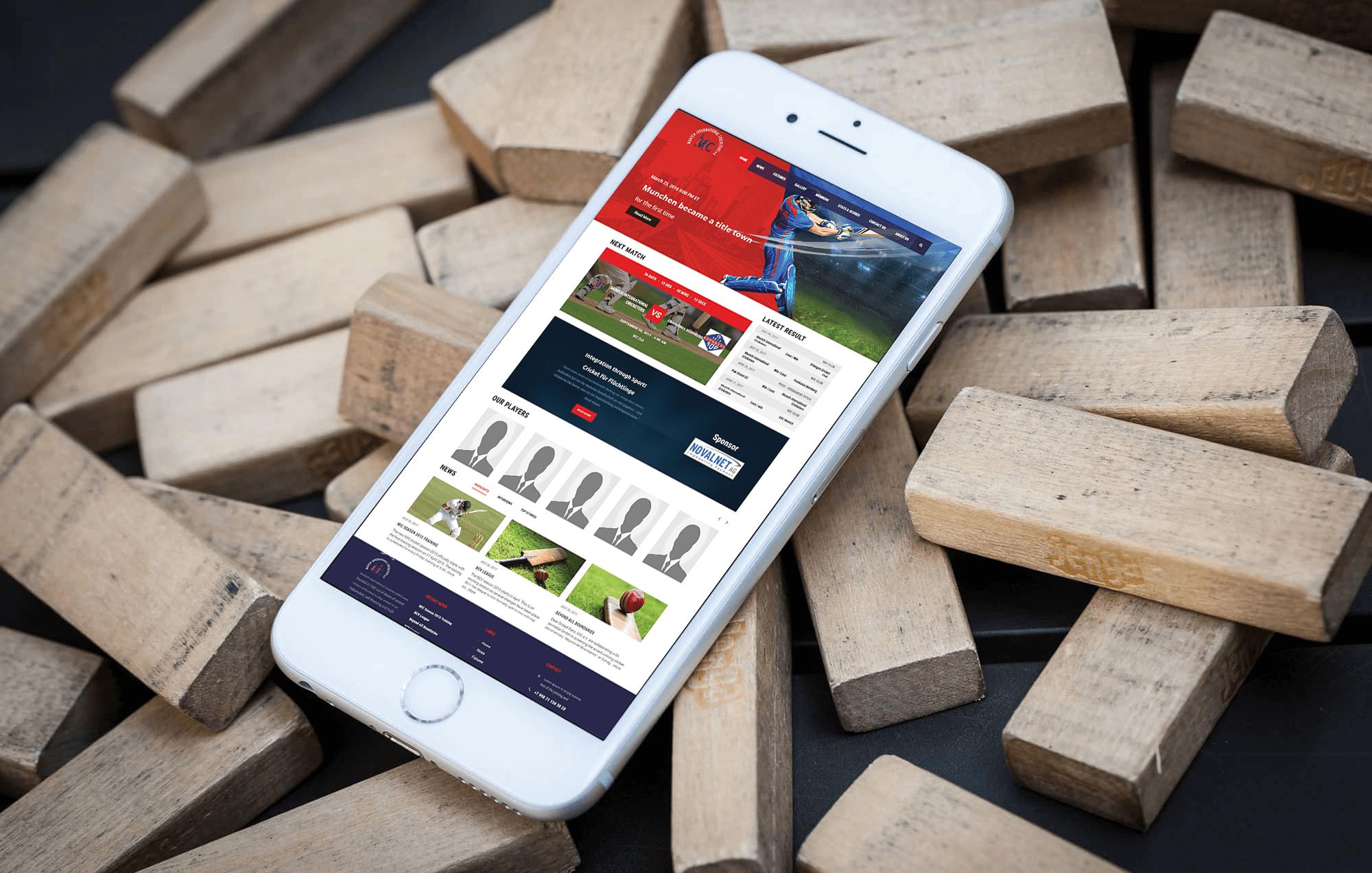 Brandcrock-MIC-BrandCrock-portfoli-home-iphone