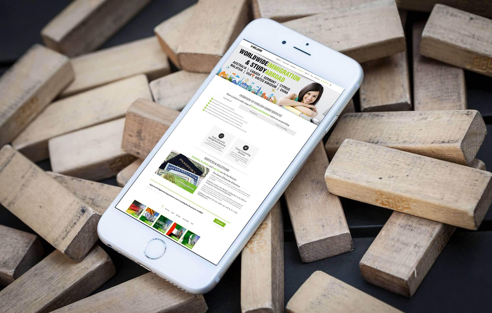 Brandcrock-hHelios-portfolio-Overview-iphone